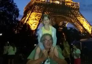 photo Lou tour Eiffel